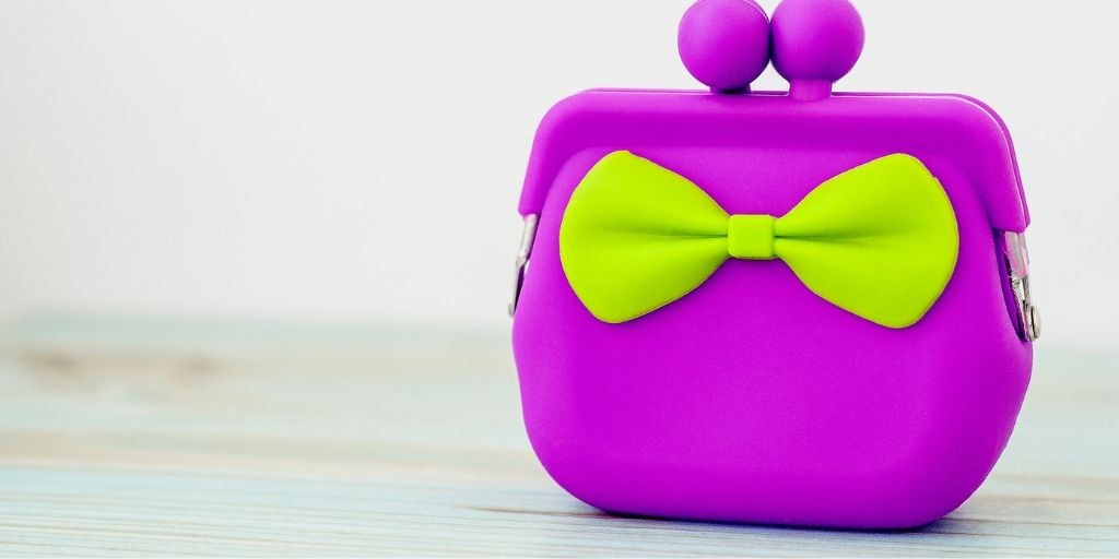 kids purple purse with green bow tie